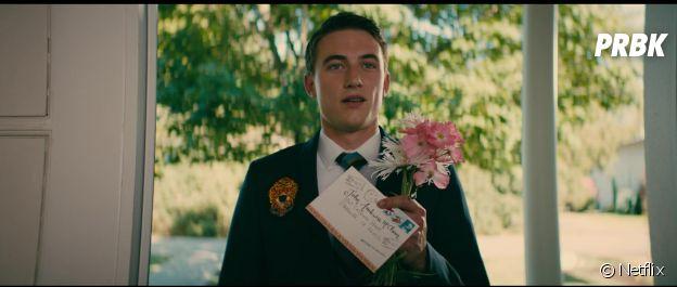 A tous les garçons que j'ai aimés : Jordan Burchett a joué John Ambrose dans le premier film