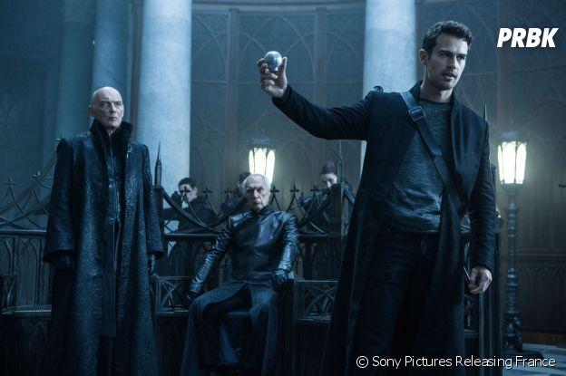 Theo James dans Underworld : Blood Wars