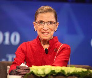 Mort de Ruth Bader Ginsburg : qui est la juge à qui les stars US rendent hommage ?
