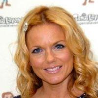 Geri halliwell l'ancienne Spice Girls ... elle prépare son retour