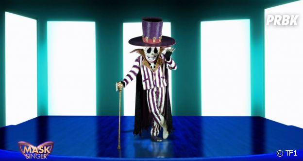 Mask Singer 2 : quelle célébrité est le squelette ?Les indices sur son identité
