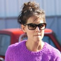 Katie Holmes ... Furieuse contre Anne Hathaway