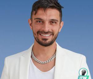 Julien Tanti (Les Marseillais à Dubaï) : dispute avec Jessica Thivenin, isolement, problèmes... il se confie (Interview)