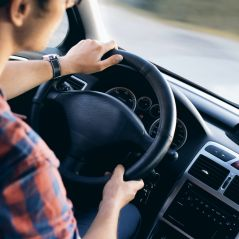 Permis de conduire : une aide de 1 300€ pour les jeunes en Île-de-France