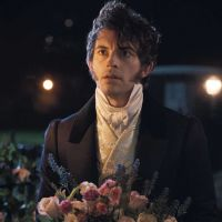 """La Chronique des Bridgerton saison 2 : Jonathan Bailey tease la suite et des """"surprises"""""""