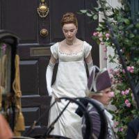 La Chronique des Bridgerton saison 2 : Phoebe Dynevor de retour sur le tournage, les photos
