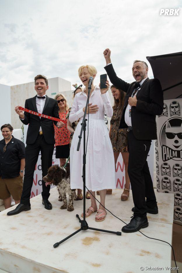 Tilda Swinton reçoit la Palm Dog Wamiz 2021