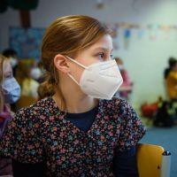 Pass sanitaire pour les mineurs, fin du masque, tests payants... Les annonces de Gabriel Attal