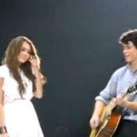 Miley Cyrus et Nick Jonas ... Ils se remettent ensemble ... pour un duo