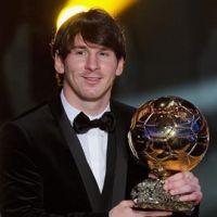 Leo Messi ... il fait des infidélités à PES et joue à FIFA