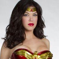 Wonder Woman ... Lynda Carter ''excitée'' par le nouveau costume