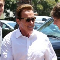 Arnold Schwarzenegger en mode ''reconciliator'' avec son fils ... (PHOTOS)
