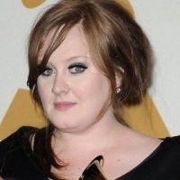 Adele aphone et condamnée à rester muette durant 1 mois