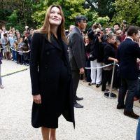 Carla Bruni-Sarkozy enceinte et rayonnante à l'Elysée pour la journée du Patrimoine  (PHOTOS)