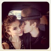 Justin Bieber amoureux : il embrasse Selena Gomez ... la preuve en photo