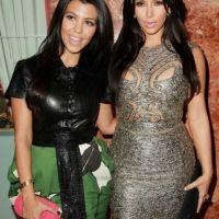 Kim Kardashian : une carte de voeux digne de la famille Adams pour Noël