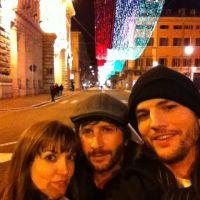 Ashton Kutcher célib' : il passe Noël en Italie avec sa nouvelle copine