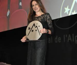 Elsa Zylberstein obtient le prix d'interprétation féminine à l'Alpe d'Huez.