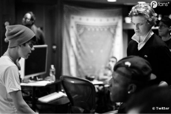 Justin Bieber et Cody Simpson en studio