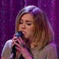 Miley Cyrus : son chien l'accompagne au Jimmy Kimmel Live ! Wouaf wouaf (PHOTO et VIDEO)
