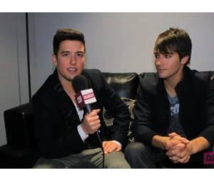 James et Logan en interview