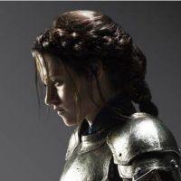 """Kristen Stewart nouvelle BFF de Charlize Theron : """"A seulement 21 ans (...) elle est fantastique !"""""""