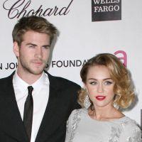 """Miley Cyrus trahie par ses amis : """"tu dois larguer Liam !"""""""