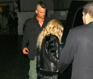 Fergie n'a pas l'air trop perturbée par la nouvelle coupe de Josh Duhamel