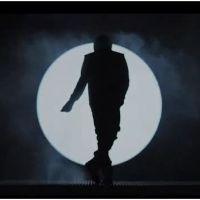 Justin Bieber se prend pour Michael Jackson dans le clip Boyfriend (VIDEO)