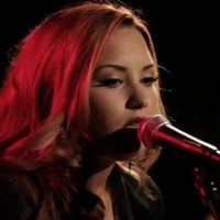 Demi Lovato : Give Your Heart A Break, sa magnifique version au piano (VIDEO)