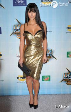 Kim Kardashian sexy en diable