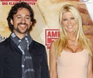 Tara Reid et Thomas Ian Nicholas jouent le couple Vicky et Kevin dans American Pie 4