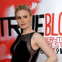 True Blood : Anna Paquin présente la saison 5 et son ventre rond ! (PHOTOS)