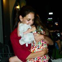 Tom Cruise et Katie Holmes : l'un pleure, l'autre sourit ! (PHOTOS)
