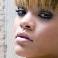 "Rihanna : Elle va collaborer avec ""River Island"""