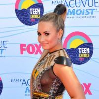 Demi Lovato : sa tenue exhib' pour les Teen Choice Awards 2012 ! (PHOTOS)