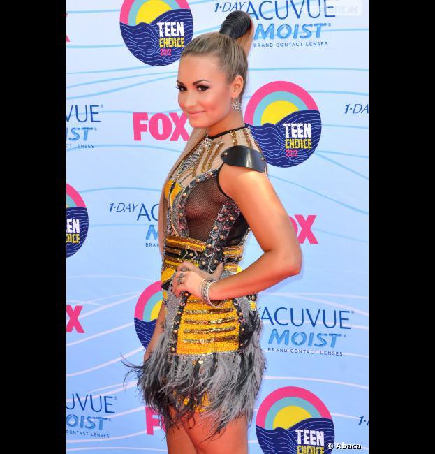Demi Lovato dévoile son sein sur le tapis rose !