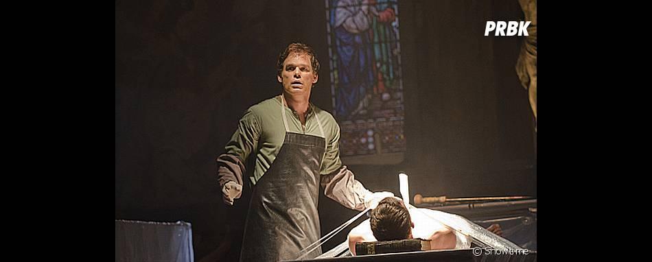 Dexter pris la main dans le sac