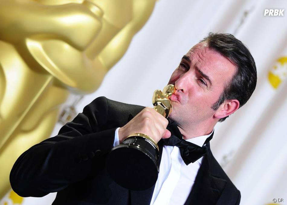 Jean Dujardin atteint la troisième place du classement des personnalités préférées des Français. Merci l'Oscar ?