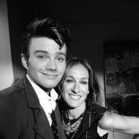 Glee saison 4 : Sarah Jessica Parker débarque sur le tournage ! (PHOTO)