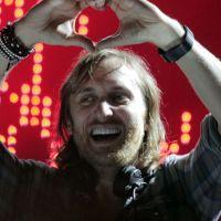 David Guetta : 20 ans de mariage et 2 fois la corde au cou !