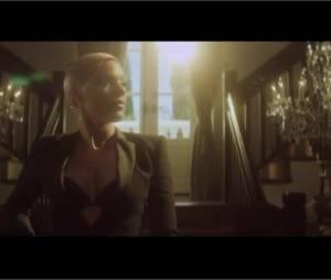 Pink joue la femme fatale dans sa dernière vidéo !