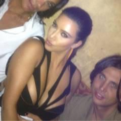 Kim Kardashian : encore et toujours reine du décolleté provoc' (PHOTOS)