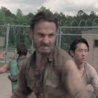 The Walking Dead saison 3 : la nouvelle bande-annonce qui dégomme les zombies ! (VIDEO)