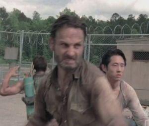 Nouvelle bande-annonce qui dégomme les zombies pour Walking Dead !