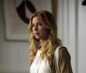 Un épisode 2 tendu pour Emily dans la saison 2 de Revenge