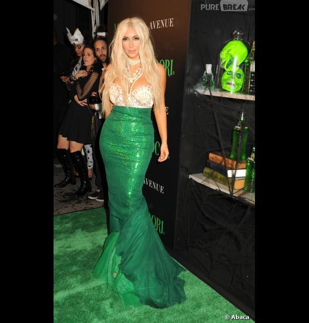 Kim Kardashian : En sirène pour une pré-soirée d'Halloween, à New-York
