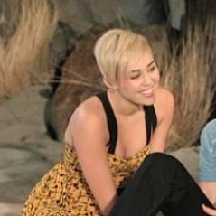 Miley Cyrus toujours aussi sexy pour son retour dans Mon Oncle Charlie (PHOTOS)