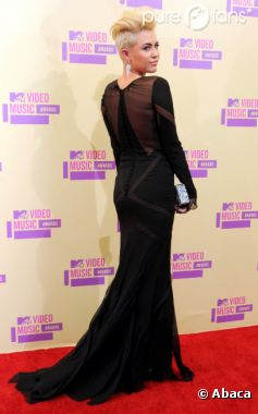 Miley Cyrus : Nouvelle fan de Kristen Stewart