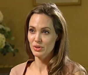 Angelina Jolie répond aux questions de Cathy Newman, journaliste de Channel 4